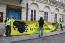 Piketas prie Prancūzijos ambasados